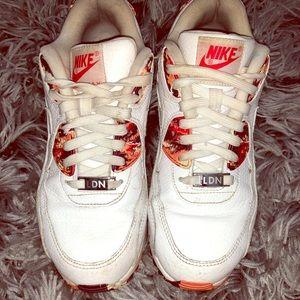 Nike fashion sneakers